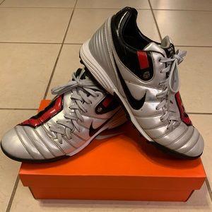 Classic Nike T90 Shift Turf Soccer Cleats Size 9